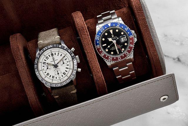 hodinkee oval leather travel case