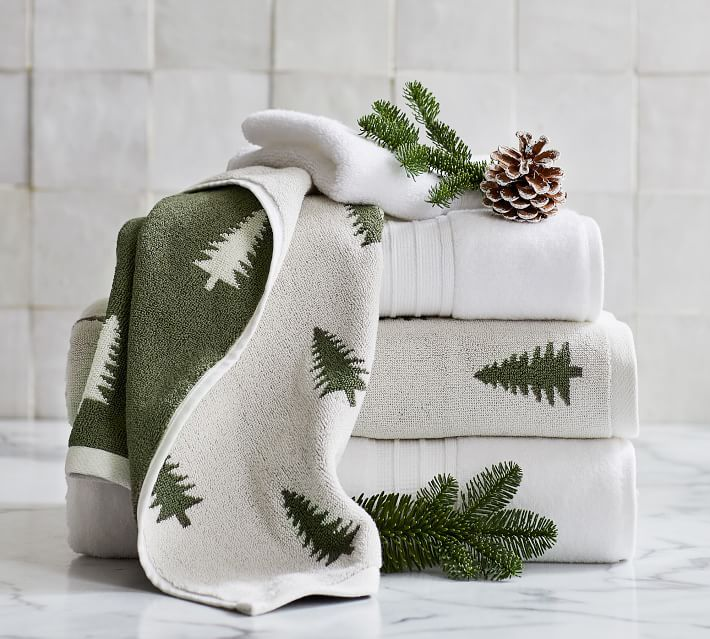 13 Best Christmas Bathroom Sets 2020 Christmas Bathroom Decor Ideas