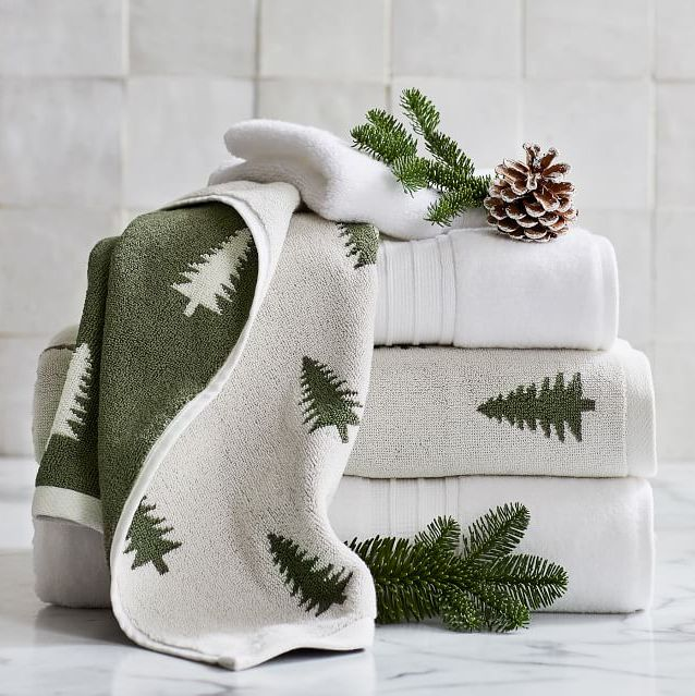 13 Best Christmas Bathroom Sets 2020 Christmas Bathroom Decor Ideas