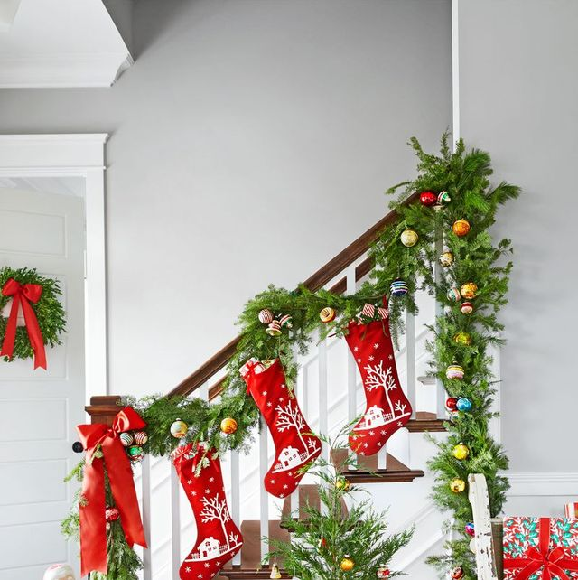 Christmas Pic Ideas.67 Best Christmas Garland Ideas Decorating With Holiday