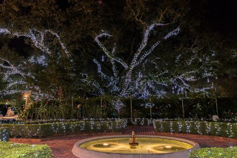 35 Best Christmas Light Displays In America Holiday