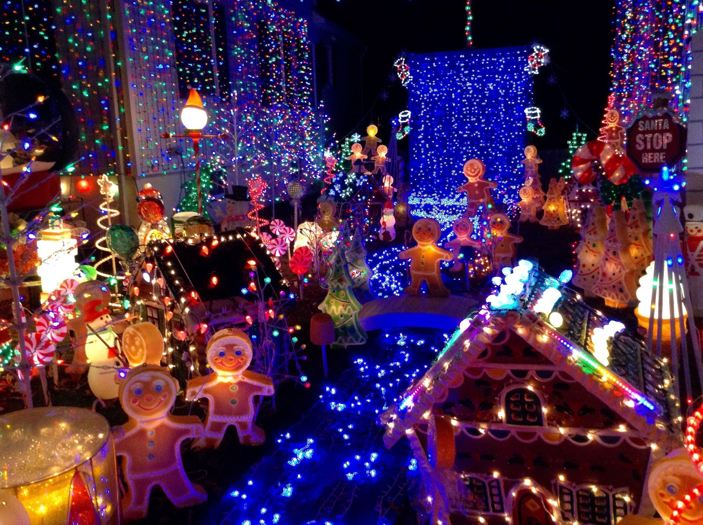 Christmas Light Displays in America
