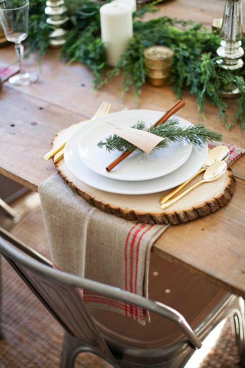 Rustic Christmas Table Settings Centerpieces