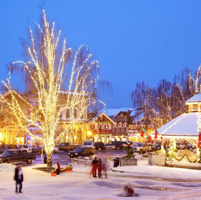 Best States To Travel Christmas 2020 55 Best Christmas Towns in USA   Best Christmas Towns in America