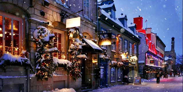 The Best Christmas Towns to Visit for the Holidays