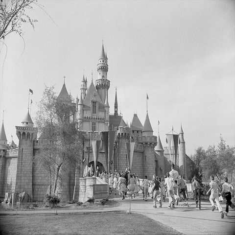 best disney photos opening day at disneyland 1955