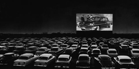 classic drive in movie theaters - best drive in theaters in america