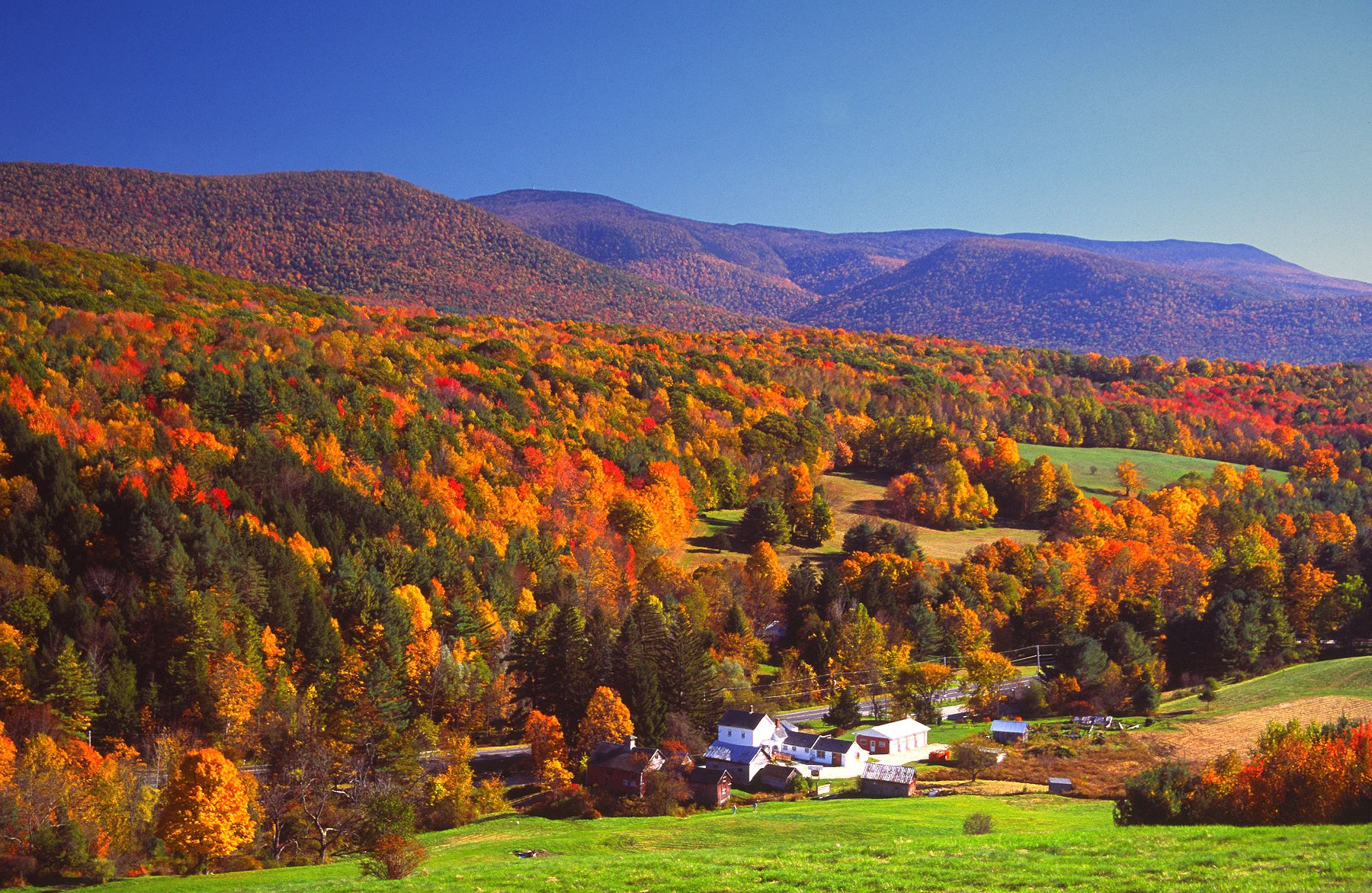 20 of the Best Fall Getaways for a Weekend Escape
