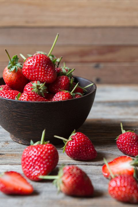 best foods for weight loss - strawberries