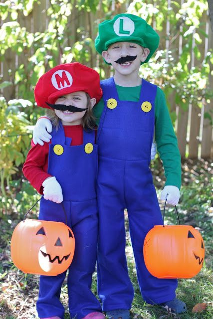 best friend halloween costumes mario luigi