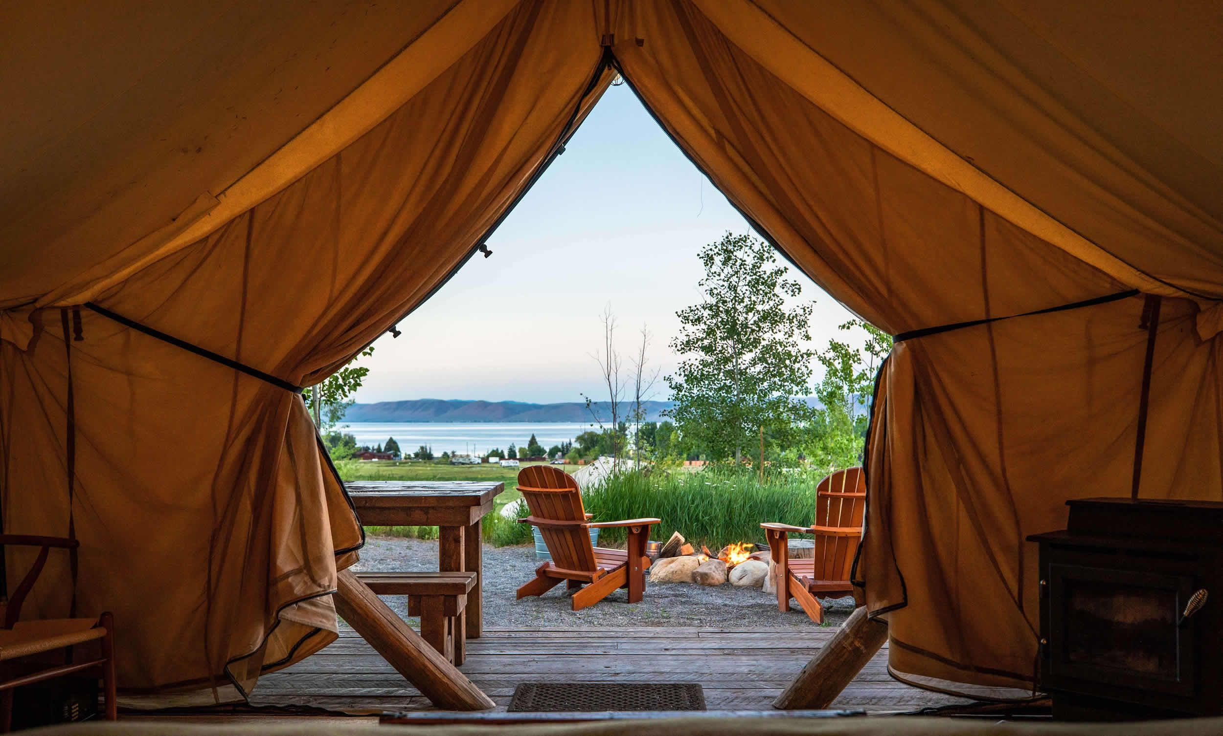28 Best Glamping Destinations in the U.S. - Luxury Camping Near Me
