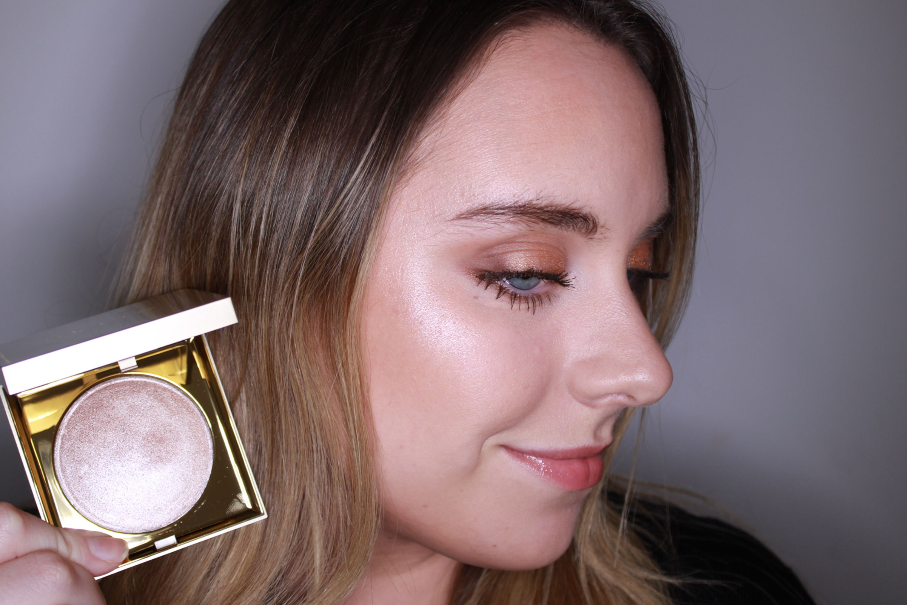 Best Highlighter 2018 14 Swatched Reviewed By Cosmopolitan Editors
