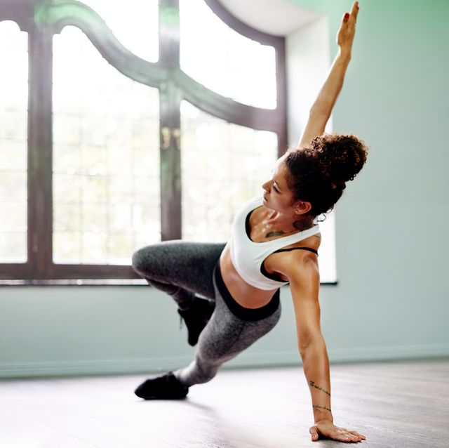 Best home workout apps - side plank
