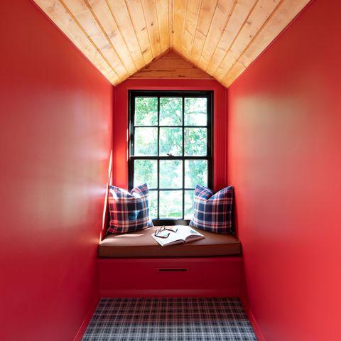 best interior paint benjamin moore strawberry red