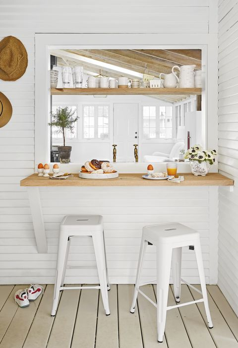 "kitchen reinvention designer kate marker's ""leo cottage"" in union pier, michigan"