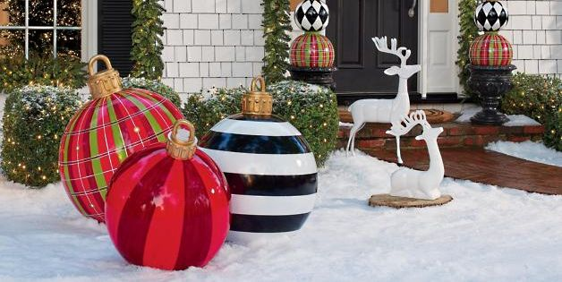Best Large Outdoor Christmas Ornaments - Giant Holiday ...