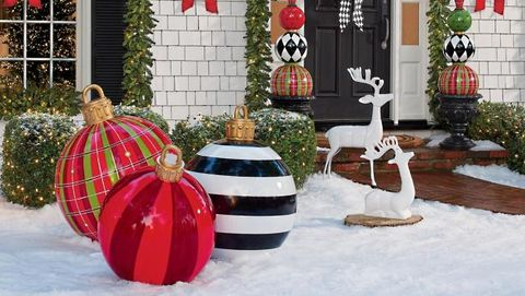 Best Large Outdoor Christmas Ornaments Giant Holiday