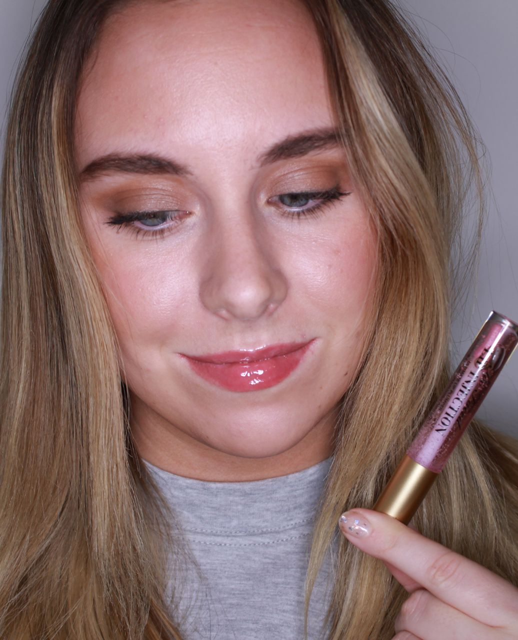 Best lip gloss 2019 - Cosmo Editors try on 9 top-rated formulas