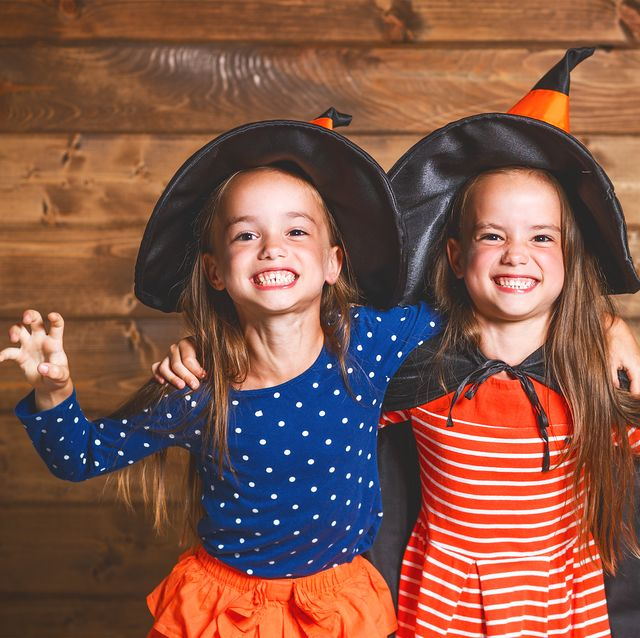 19 Sister Halloween Costumes How To Make Diy Costumes For