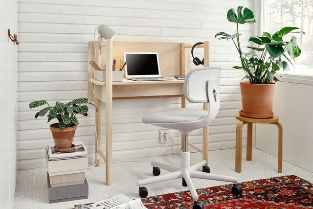 space setup with office chair and plants