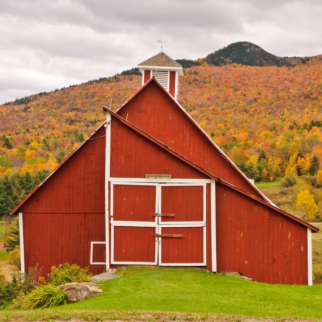 best small towns fall foliage