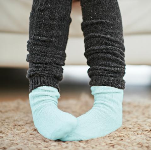 8 warm socks for cold feet