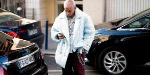 パリのストリートスナップの男性