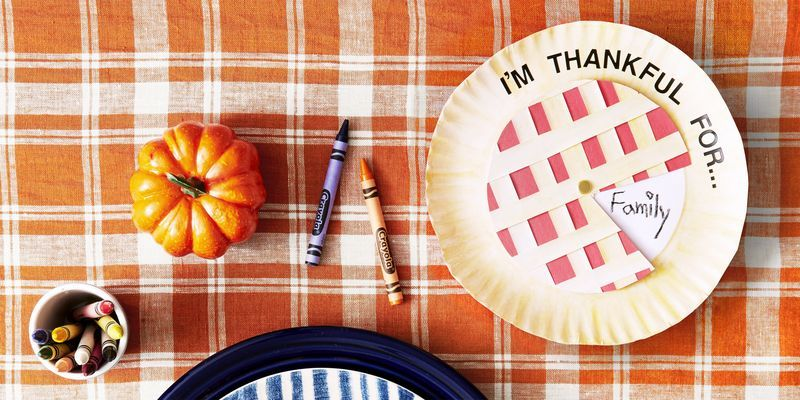 36 Easy Thanksgiving Crafts for Kids That'll Make Their Holiday More Fun