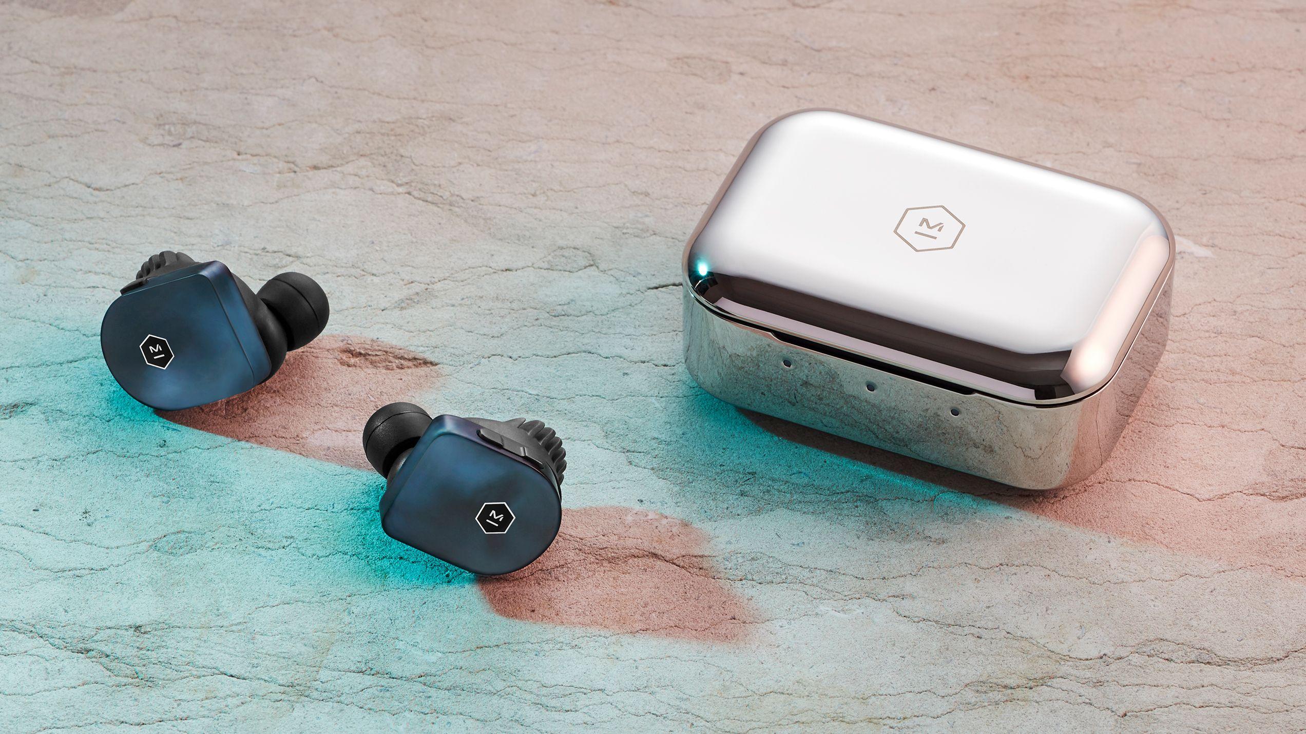 ed70372bee8 10 Best Wireless Earbuds of 2019 - Truly Wireless Earbud & Earphone Reviews
