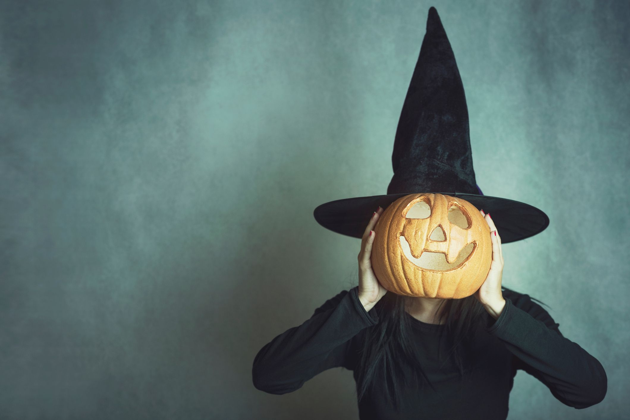 50 Best Witch Names — Witch Names for Girls