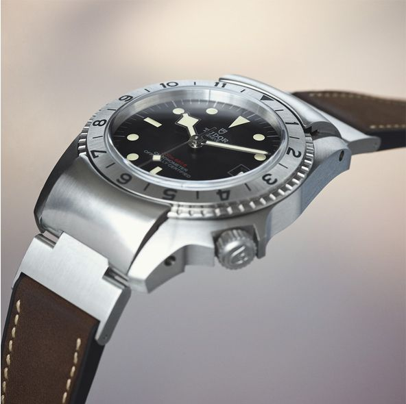 The 55 Best Watches A Man Can Buy In 2020 | Esquire
