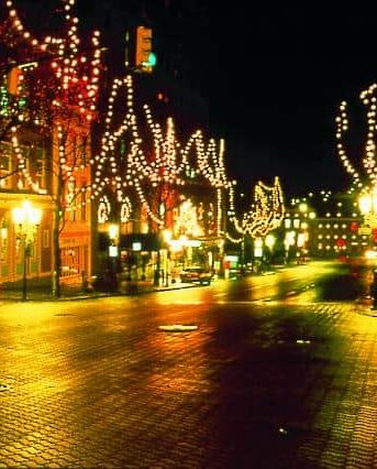Best Places For Christmas In Usa.45 Best Christmas Towns In Usa Best Christmas Towns In America