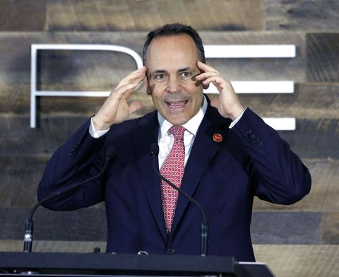 The Governor of Kentucky Is Just One of Many Morons Who Expose Their Kids to Epidemic Disease