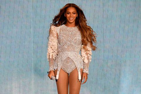 Clothing, Fashion model, Fashion, Shoulder, Long hair, Crochet, Thigh, Brown hair, Lace, Outerwear,