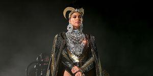 Beyonce Coachella makeup Loreal Paradise mascara