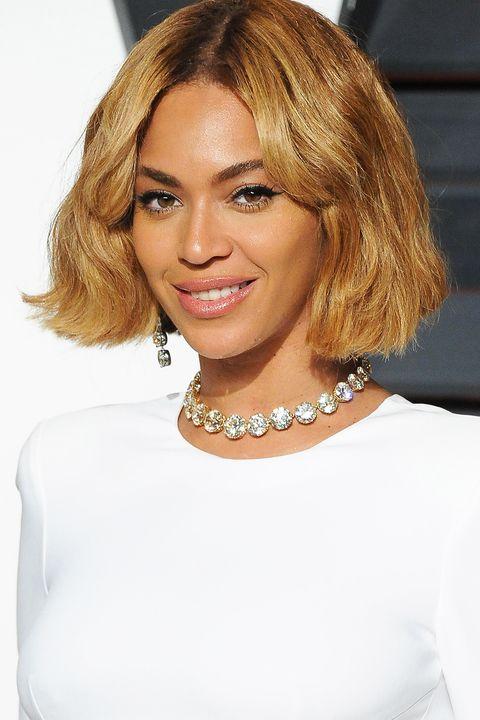 hair, blond, face, hairstyle, shoulder, eyebrow, chin, layered hair, lip, bob cut,