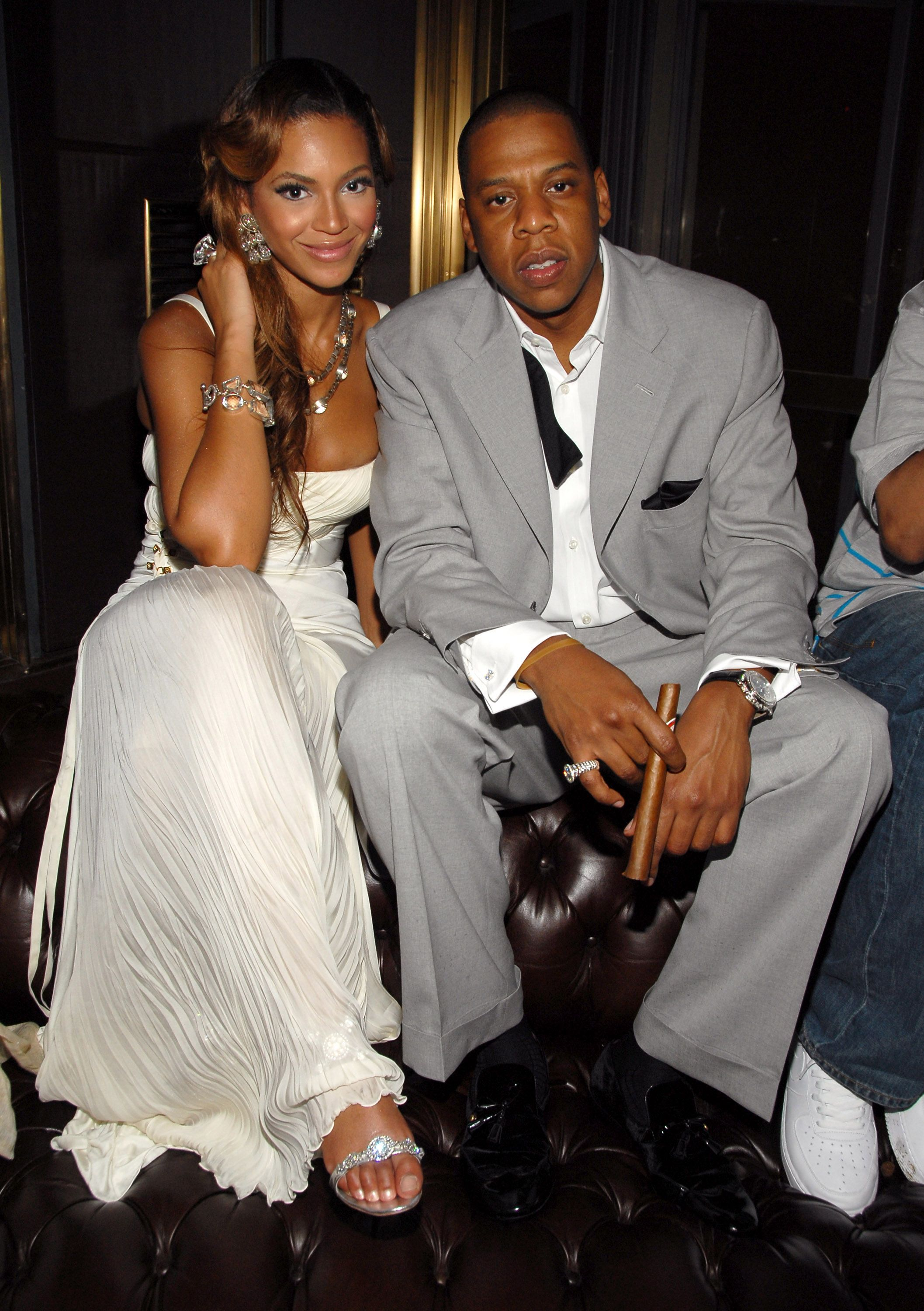 50 Photos That Prove Beyonce And Jay Z S Love Has Always Looked This Damn Good Beyonce And Jay Z Through The Years