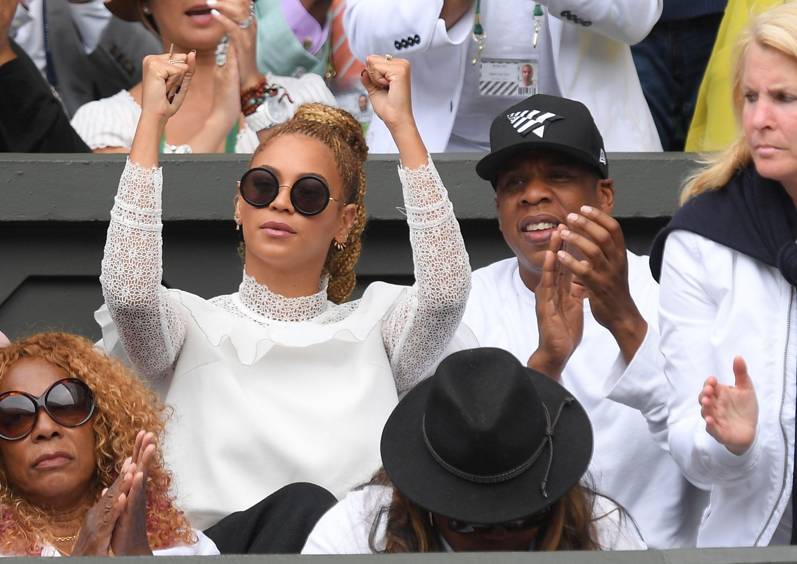 Cara delevigne naked,Lindsay Lohan This Close To Marrying Samantha Ronson, Maybe XXX fotos Sana lantana topless,CelebGate Rachel Cook, Rachel Escudero, Anni Haase, Hannah Murrell Nude Sexy