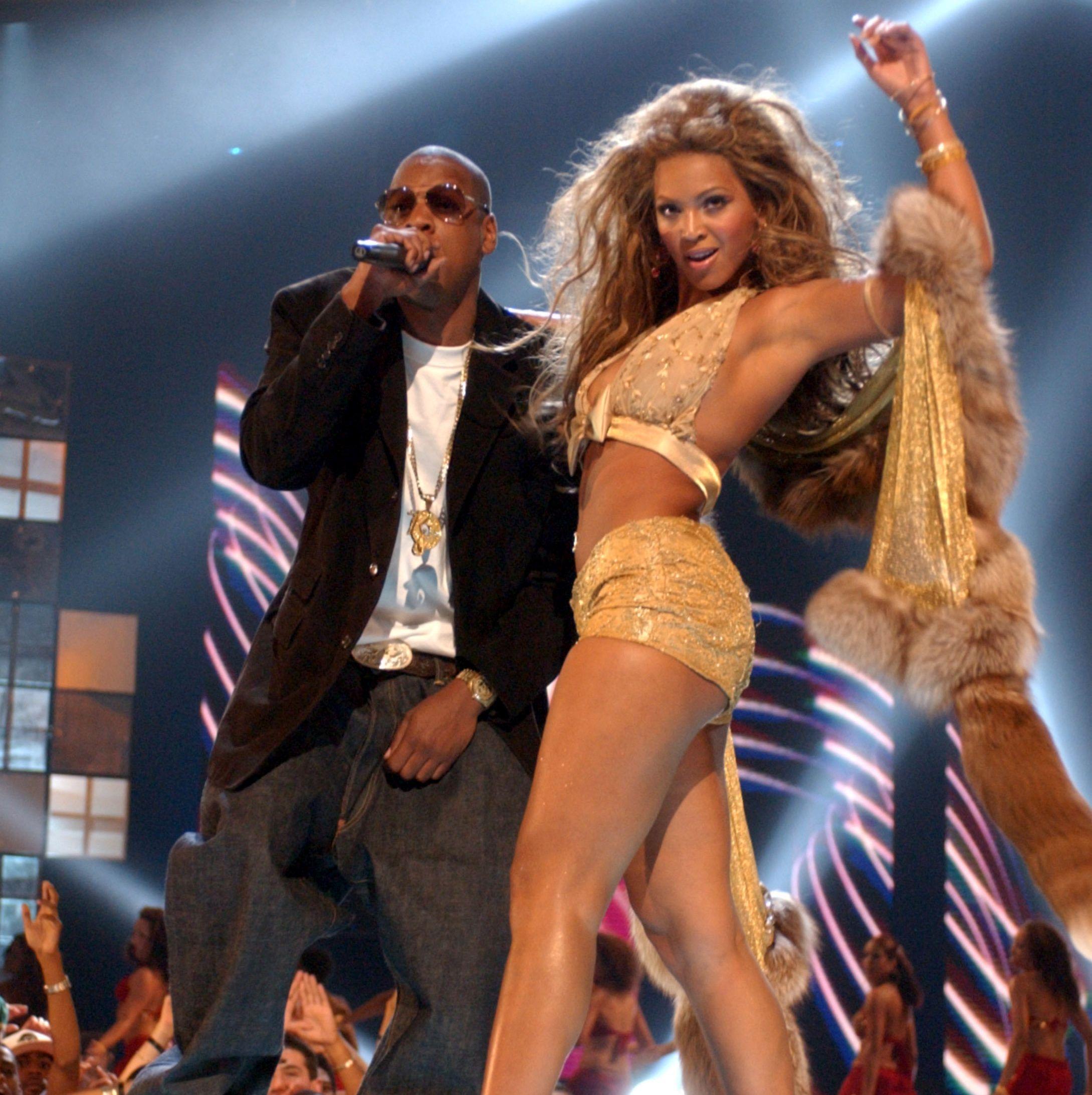 50 Photos That Prove Beyoncé a...