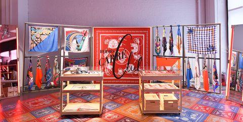 Interior design, Building, Design, Room, Visual arts, Collection, Art, Art gallery, Exhibition,
