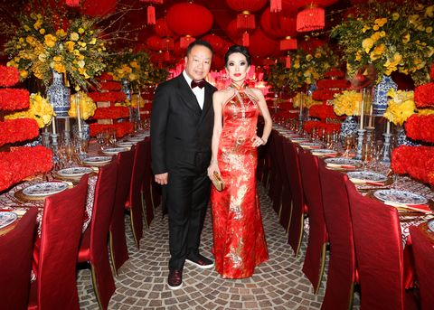 Decoration, Wedding banquet, Red, Event, Function hall, Floral design, Flower Arranging, Marriage, Wedding reception, Ceremony,