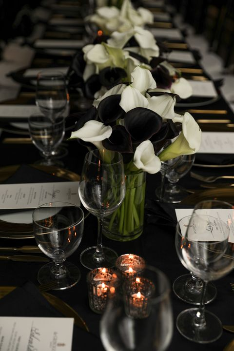Centrepiece, Flower, Glass, Table, Plant, Champagne stemware, Tableware, Glass bottle, Drinkware, Stemware,