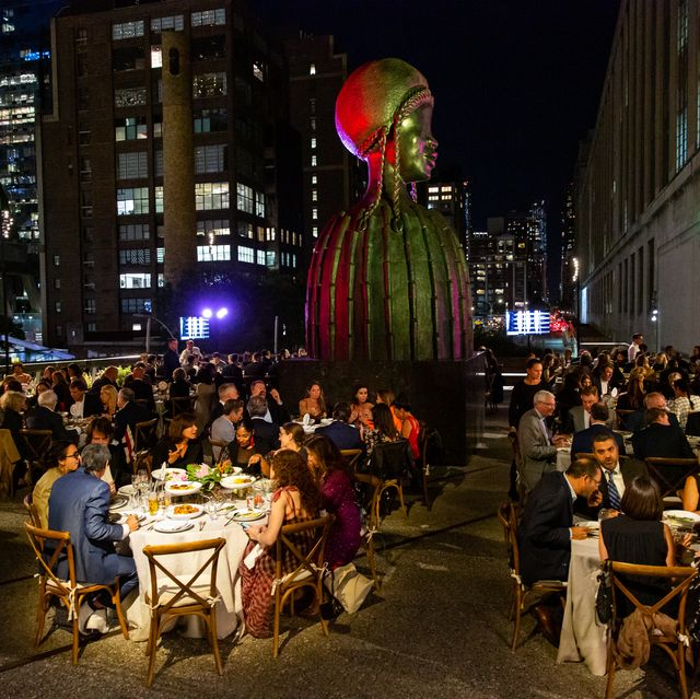 Crowd, Night, Event, Restaurant, Urban area, City, Street, Architecture, Downtown, Table,
