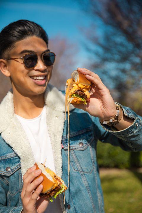 Eyewear, Junk food, Fast food, Glasses, Sunglasses, Street food, Vacation, Eating, Food, Cuisine,