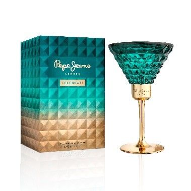 Aqua, Turquoise, Green, Drinkware, Glass, Teal, Stemware, Turquoise, Tableware, Emerald,