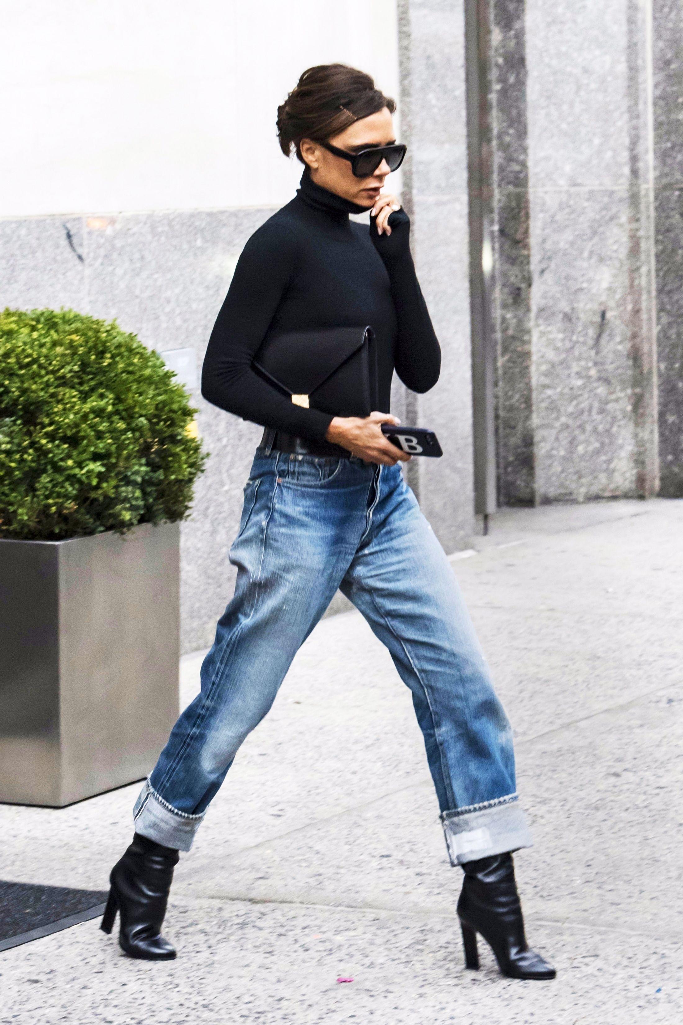 c7dbf9755e Victoria Beckham s Best Fashion Looks - Pictures of Victoria Beckham Style