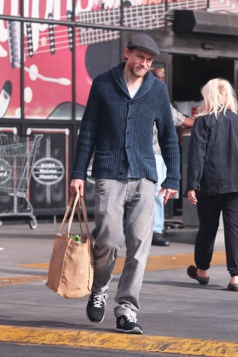 *EXCLUSIVE* Charlie Hunnam goes shopping at Ralph's ahead of his New Year's Eve celebrations
