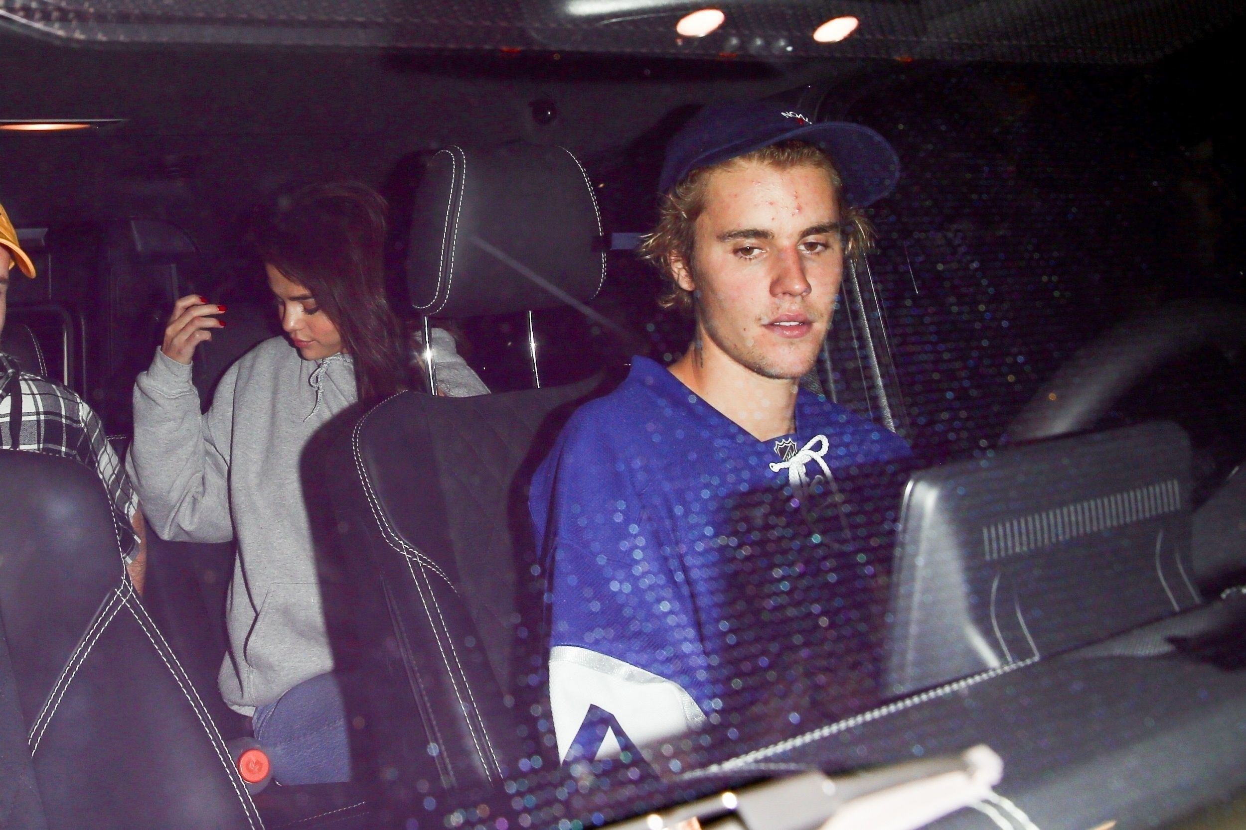 Is justin bieber dating selena 2018