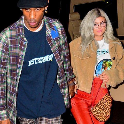 031ebf5a3695 Kylie Jenner's Orange Pants - Kylie Jenner's Bright Orange Pants at ...