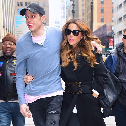Street fashion, Jeans, Clothing, People, Fashion, Snapshot, Denim, Footwear, Eyewear, Sunglasses,